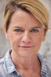 Marianne GoodellJULIANA SMITHTON